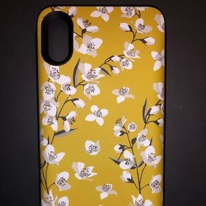 Casely iPhone X/XS charging case